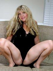 Mature women stripping pics